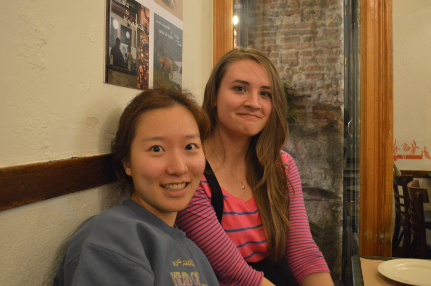 Katie y Lydia.
