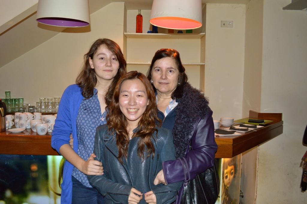 Katie con Mercedes y Raquel