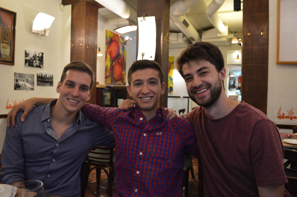 Alex, Daniel y Jonathan