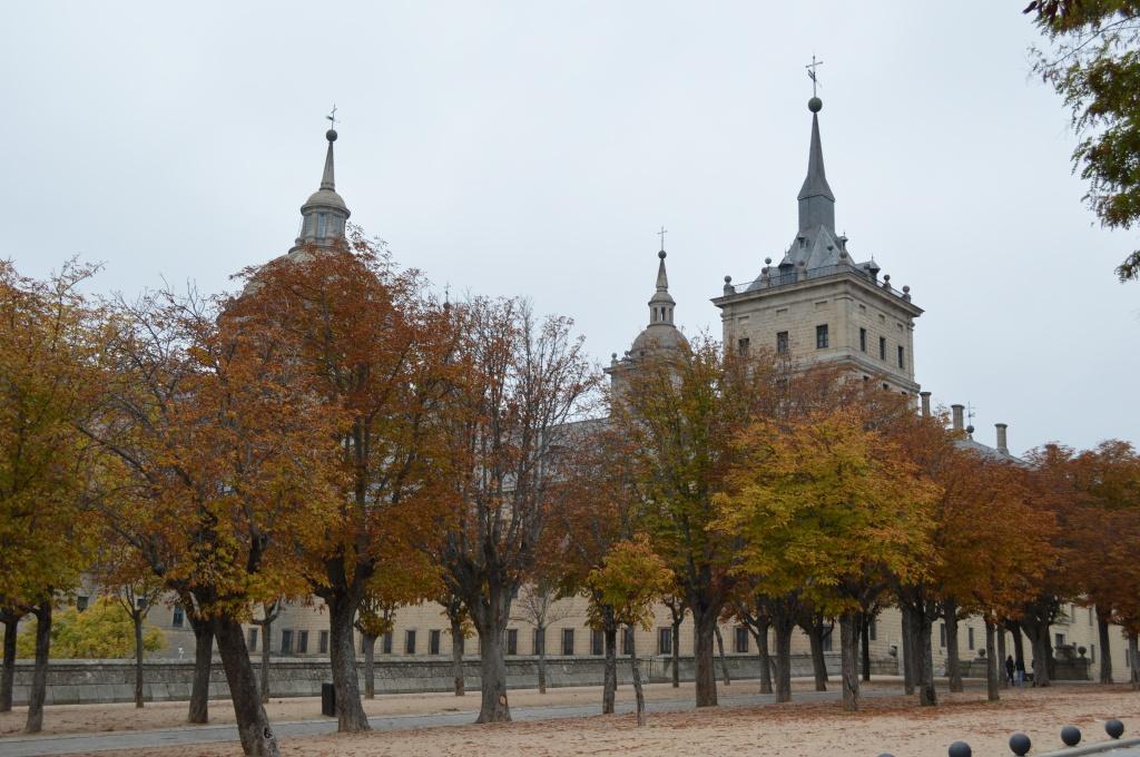 El Escorial en otoño.